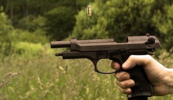 もし日本が銃社会になったらどうなるのか?