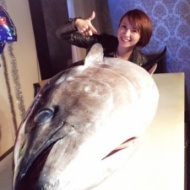 鈴木亜美、驚きの豪華誕生日イベントが話題に【画像あり】 アイドルファンマスター