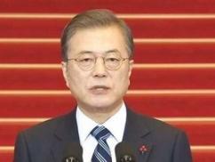 ムン大統領「日本が輸出規制を解除する条件は全て整った。日本は今月中に輸出規制の解除を決定して韓国に回答するように」