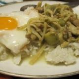 十条タイ家庭料理「イサーン」その2のサムネイル