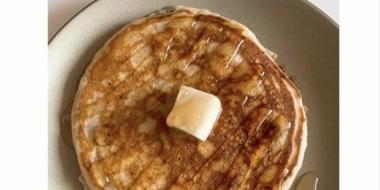 吉岡里帆、朝5時にふわふわパンケーキ掲載…久々の撮影で早起き「朝起きられるか緊張した」
