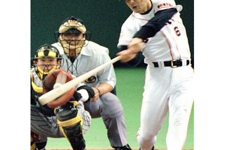 野球見始めた頃の巨人の四番wwwwwwwwwww alt=