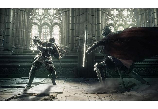 『片手剣+盾』 vs. 『両手剣』 ではどちらが強いのか?