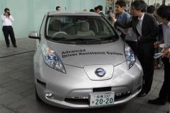 【日産】「自動運転車」のナンバーを取得! 国内初の公道実験へ