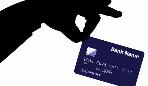 クレジットカード情報を瞬時に暗記して悪用した日本人の犯罪に海外驚愕