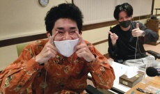 【乃木坂46】スタンバイ中に藤森さんと桃ちゃんが変顔し合う。。。