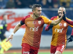 神戸への移籍が噂のポドルスキ、トルコカップで5ゴールの大爆発!