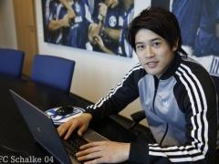 シャルケ内田篤人のツイッターチャットまとめ!「原動力はお金」「サッカー以外でやってみたいのはプロゲーマー」www