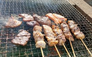 庭で1人ゆっくり味わう焼き肉