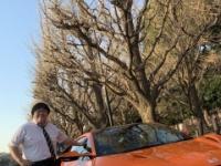 【悲報】秋元先生の車がヤバすぎる件wwwwwwwwww