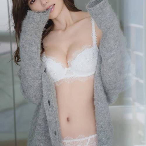 【白石麻衣パンチラ水着エロ画像200枚!】おっぱい胸チラ乃木坂46抜ける画像!
