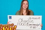 【カナダ】18歳女性、毎週1000ドルを一生もらえる 初購入の宝くじで