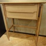 『【北欧テイスト・日進木工の家具2012】 ホワイトウッドシリーズのコンソール WOL-205が入荷』の画像