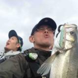 『弦川さんトコでやめ時がわからなくなって結局一日中釣りをしていた日の出来事。』の画像