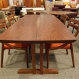 『オーダーして180日以上納期がかかったSWINGの二枚ハギ・ブラックウォールナットテーブル』の画像