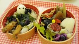 岡山で犬神家をイメージした「スケキヨ弁当」を試作