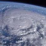 台風のせいで3連休の計画が全て台無しになった民wwww