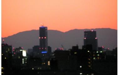 『別れの街』の画像