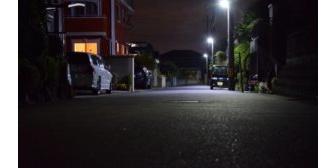 【スカッと】姉と暗い夜道を歩いていたら、姉の友達が変質者に襲われていた所に遭遇。俺がオロオロしてたら姉が変質者の方に近づいてまさかの…