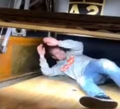 ボウリング場で死にかけた男性の映像がヤバイ! 海外の反応。