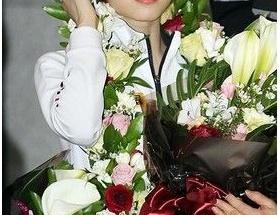 花より美しいキム・ヨナが帰国 それは流石に花に失礼だろww