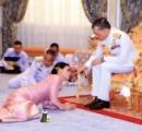 男女の司会者が笑いながら床にはいつくばりタイ国王の結婚式をモノマネ。タイ国民の怒り爆発、テレビ局が謝罪。ドイツ★3
