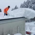 東北「27000円で雪おろしボランティアさせてやるから来いよ!」
