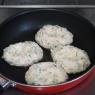 【メタボ解消レシピ】ふわふわ豆腐ハンバーグのきのこあんかけ(水切り不要)