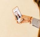 【スマホ】「自撮り」の日常化で「鼻の整形患者が増えた」 米国外科医が警鐘 自撮りで鼻が大きく写ってしまう