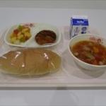 【悲報】某小学校…ネズミ炊き込みご飯を18人の小学生に食べさせてしまう…