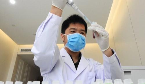 新型コロナに新療法 回復患者の血漿投与が効果的と中国発表(海外の反応)