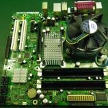 『INTEL製マザーボードのコンデンサ交換作業』の画像
