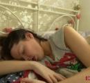 奇病「眠れる森の美女症候群」に苦しむ女性…1日にわずか2時間しか覚醒できず