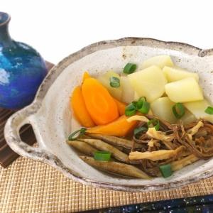 おつまみを使った出汁いらず♪乾き物と根菜の煮物