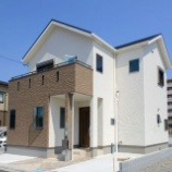 『【画像】 東京人「ハァハァ…ついに夢のマイホームを建てたぞ!!」 ← 予想の斜め上をいく家で大草原不可避と話題にwwwwwww』の画像