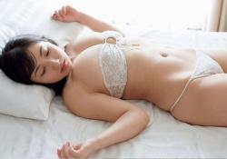 紗綾ちゃん(23)の最新グラビアが大人っぽくて熟女特有のフェロモン全開だと話題に