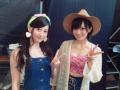 【悲報】山本彩さん、衣装が下品wwwwwwwwwwwww