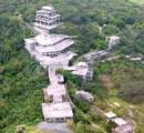"""「""""幽霊ホテル""""と言われるよりは…」 沖縄の有名な廃虚ホテル、娘が解体を決めたワケ"""