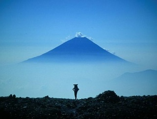 海外「日本旅行の専門家だけど何か質問ある?」日本旅行に関する海外の反応
