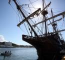 宝探し一家、18世紀に沈没したスペインのガレオン船から金の聖体箱を発見