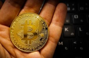 仮想通貨ビットコイン続落で弱気指標続々 このまま下がり続けるのか?