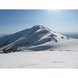 『天気に恵まれ月山のバックカントリースキーを堪能しました!』の画像