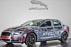 ジャガーの新型スポーツセダン「XE」のティザーを公開! BMW3シリーズに対抗!