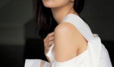 「結婚できない男」熱演が話題 元乃木坂46深川麻衣、3年ぶりグラビア撮影!透き通る素肌披露