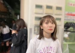 【衝撃】ヒエッ・・・秋元真夏さん、目が・・・・・