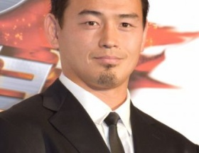 【悲報】ラグビー五郎丸 ファン交流会 参加費 大人16000円 小学生 9000円wwwwwwww