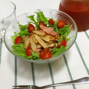 食感の違いが楽しい♪ゴボウとハムのカリカリサラダ