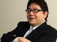 【悲報】秋元康、AKBのプロレスをスルーし欅坂46のライブを観戦wwwww