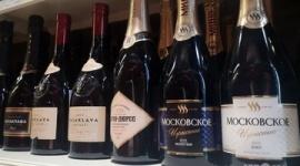 【ロシア】自国産のみが「シャンパン」を名乗れる新法が成立