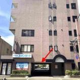 『ビル1階に駐車場をご用意しました』の画像
